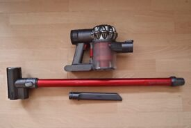dyson V6 Total Clean handle hoover