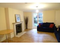 Large 2 double bedroom period conversion garden flat close to Bayswater and Notting hill stations