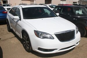 2012 Chrysler 200 S, 6cyl, S/ROOF, LEATHER, ALLOYS