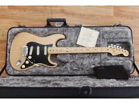 Fender Stratocaster American Professional - Natural Ash, Nearly New