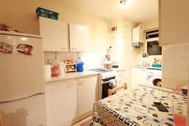 2 bedroom flat in Byron Court, Harrow, HA1
