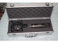 BOXED -SONTRONICS ST-2 CONDERSER MIC-Almost brand new,I've only used it twice!Original case included