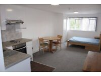 STUDENTS ONLY - PREMIUM STUDIO FLATS MINUTES FROM UNIVERSITY
