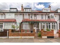 SW17 7NS - HEBDON ROAD - A STUNNING 4 DOUBLE BED HOUSE WITH PRIVATE GARDEN & ON STREET PARKING