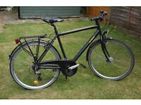 Men's Hybrid City Bike with built-in lights and rack – just serviced