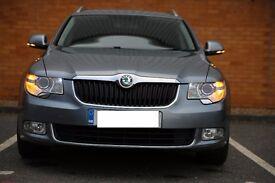2011 Skoda Superb 2.0 TDI 170 HP Estate - Grey Metallic - Perfect Car - A lot of extra -