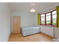Double Rooms in a house share with other professional near Whetstone N20 0DD