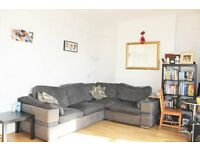**HUGE 2 DOUBLE BEDROOM / PRIVATE GARDEN / SEPERATE KITCHEN / NEWLY REFURBISHED / WINCHMORE HILL**