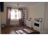 One bedroom flat to rent ( Refurbished) - Nottingham Clifton Campus Area - viewing is essential.