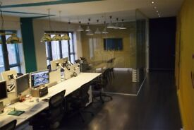 Desk Spaces 300PCM Available in Bright and Airy Studio near Whitechapel / Brick Lane