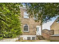 Beautifully decorated 4 bed 4 storey Period house, with Private Garden.