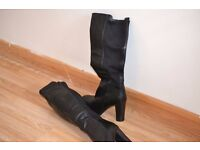 Knee high leather look healed womans size 5 boots, worn once
