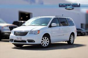 2015 Chrysler Town & Country Touring Heated mirrors - Power lift
