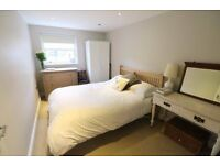Double bedroom in South East London. BEST LOCATION EVER !!!!