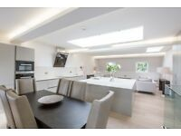 ***Luxury 3 Bed 2 Bath Penthouse apartment next to Paddington Station, Great Location Zone 1 !!***
