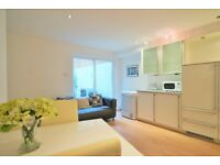 BRAND NEW 4 BED FLAT - MINUTES FROM ANGEL STATION & CITY UNIVERSITY