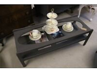 Retro chic oval glass display sofa coffee table