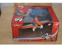 Disney 1:24 Driving Dusty Plane - Brand New In Box