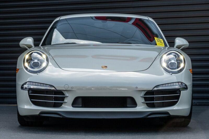 Image 2 Voiture Européenne d'occasion Porsche 911 2014