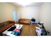 Excellent & Massive 5 bedrooms semi-detach House with 3 Toilets & Bathrooms, Barking -- No DSS Plz