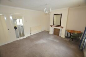 Studio flat in the town centre, only £295pcm