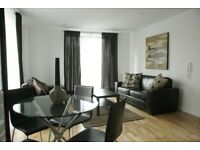 Large 2 bed 2 bath flat in City Cntre