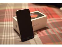 iPhone 6S 16GB Space Grey still in Warranty - Excellent Condition with Tetrax Car Magnet