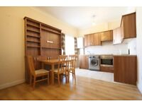 2 bedroom flat in Myddleton Rd, Wood Green, N22
