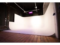 London Film and Photography Studio / Film Cove / With Lighting Included