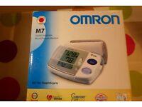 Omron M7 blood pressure monitor **NEW**