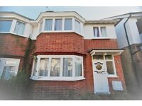 4 bedroom house in Garrick Avenue, Golders Green, NW11