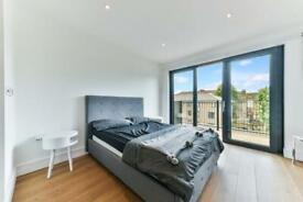 Studio flat in Westworth House, The Kingsley, Hammersmith W6