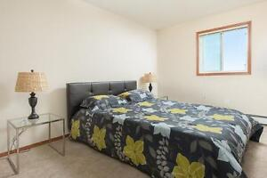 Luxury 2 bed Apartments across from Currents of Windermere!