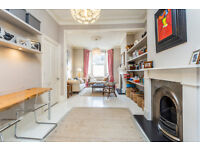 MAXIMUM 1 MONTH LET/ STYLISH 3 DOUBLE BEDROOMS /DOUBLE RECEPTION WITH WOOD FLOORS/ EAT-IN KITCHEN