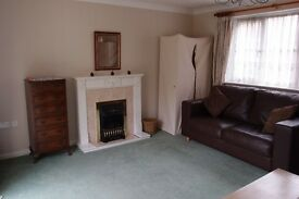 Lovely very large and light double room in Boreham near Chelmsford and A12
