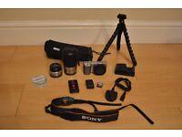 Sony Alpha NEX-5 14.2 Megapixel Mirrorless Camera + 2 Lenes and Kit
