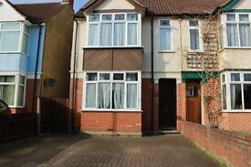 3 bed semi with garden and driveway