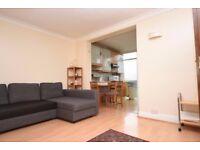 A bright 2 bedroom flat in Brent Cross