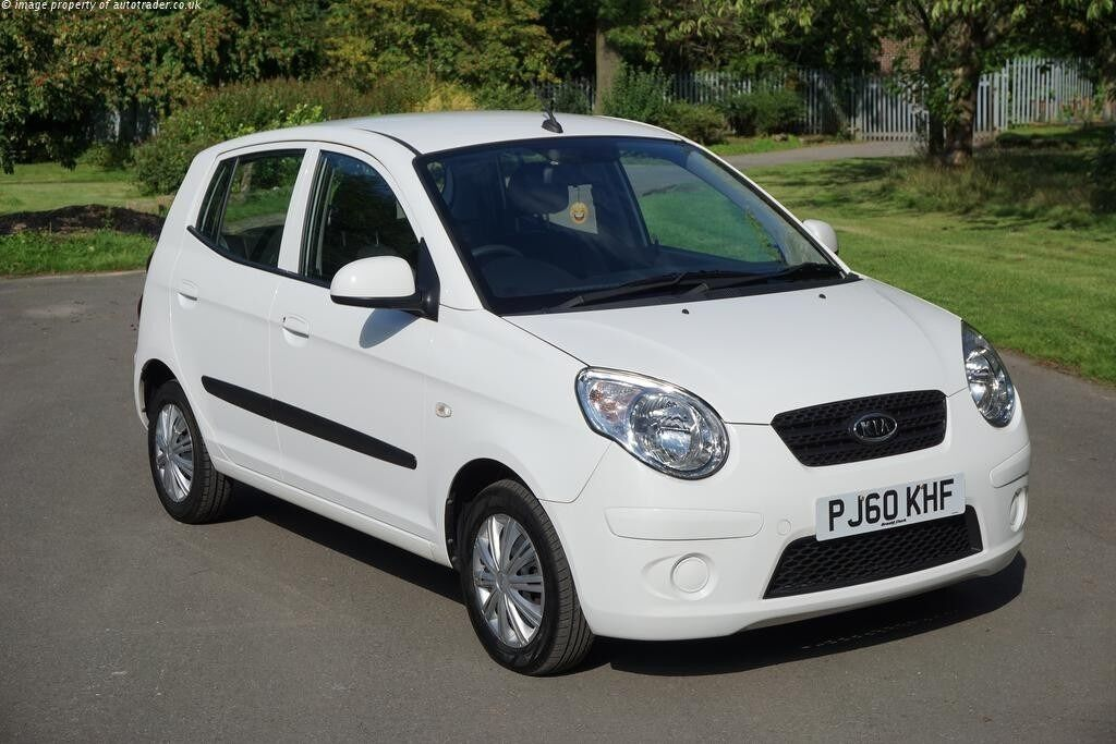 kia picanto 2011 1 0l 5dr 33800 miles white in fallowfield manchester gumtree. Black Bedroom Furniture Sets. Home Design Ideas