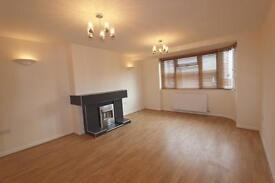 2 bedroom flat in Danes Gate, Harrow, HA1