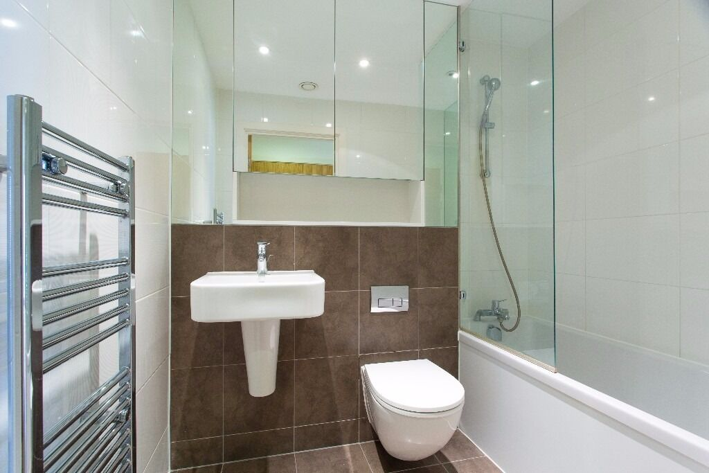 -Great 1 bedroom property right next to Lewisham DLR- available NOW-