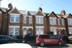 NEWLY REFURBISHED 2 BEDROOM FLAT AVAILABLE TO RENT IN HARLESDEN/STONEBRIDGE PARK - BAKERLOO LINE