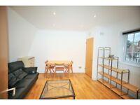 2 bedroom flat in Princess Parade, Golders Green, NW11