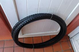 Mountain Bike Tyres 26 x 1.95 Knobbly Tread For Cycle Track or Off Road Pair of New Tyres £15