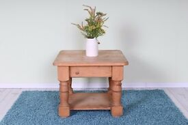 SOLID PINE COFFEE TABLE WAXED LIGHT COLOUR CHUNKY - CAN COURIER