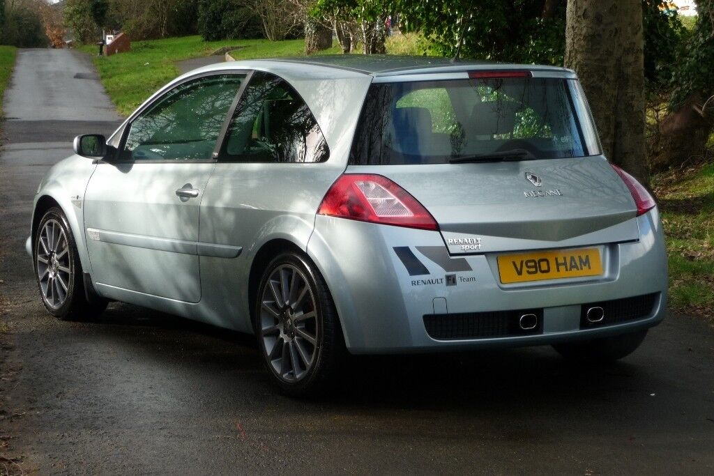 2007 RENAULT MEGANE RENAULTSPORT 225 CUP. ONLY 73K MILES WITH FULL SERVICE HISTORY. VERY RARE CAR.