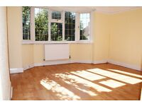 4 bedroom Semi Detached house available now for rent on Knightwood Crescent, New Malden Dss Welcome