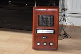 PYE WOODEN RADIO MW/FM/LW WITH ANTENNA/POWER CABLE CAN SEE WORKING