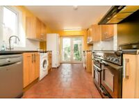 BEAUTIFUL 6 BED HOUSE IN BOW - 2 BATH - PRIVATE GARDEN - 15 MINS TO TUBE STN