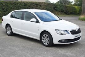 2014 Skoda Superb - Immaculate interior - MOT to March 2019
